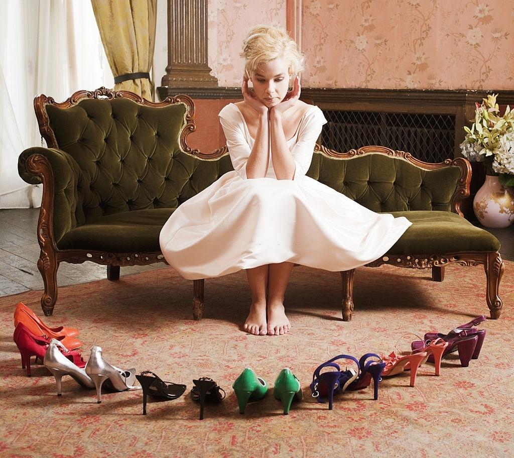10 Rekomendasi Jenis Sepatu yang Cocok Untuk Rok Tutu Supaya Tampil Stylish